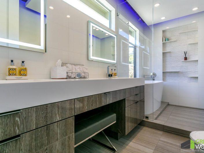 Weinberg Residence-Master Bathroom