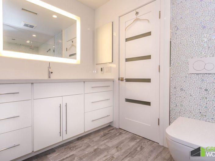 Garret Residence-Guest Bath