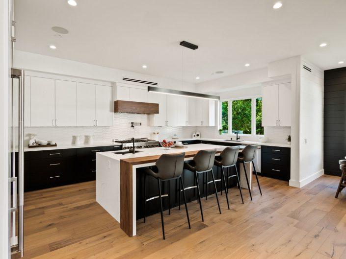 22945 Mariano – Kitchen Remodel